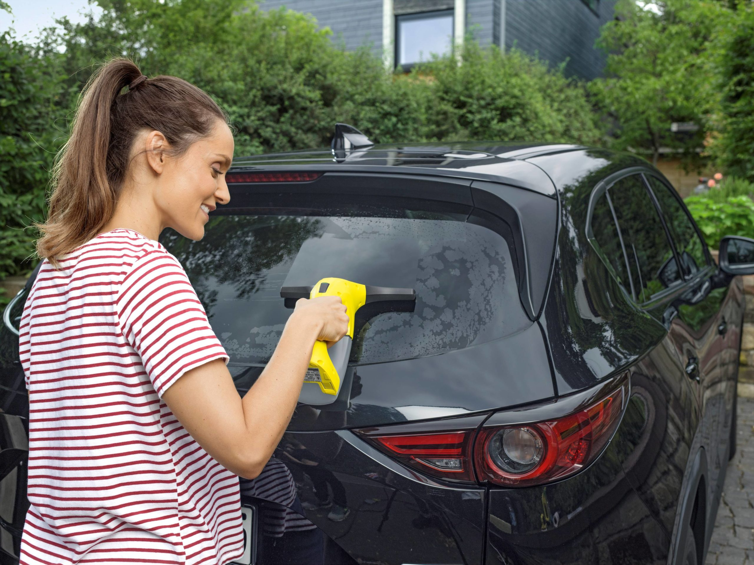 L'entretien rapide et pratique de votre véhicule grâce à Kärcher